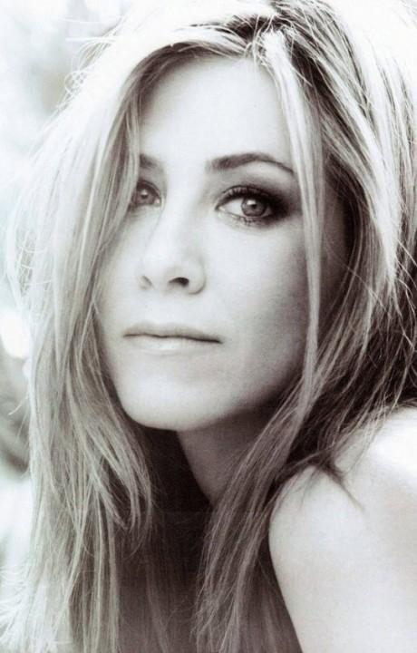 3Jenifer Aniston