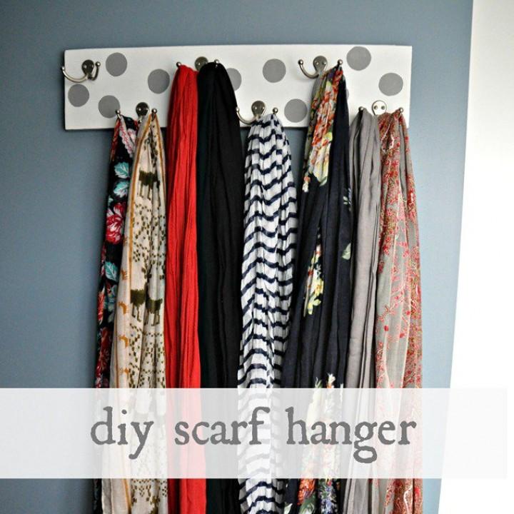 diy-scarf-hanger_thumb2