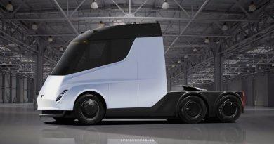 Завчера Елон Маск го претстави Tesla Semi и Roadster v2